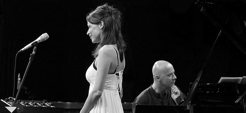 Elsa Martin - Stefano Battaglia - Sfueâi